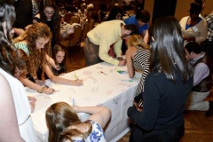 Signing_Table2